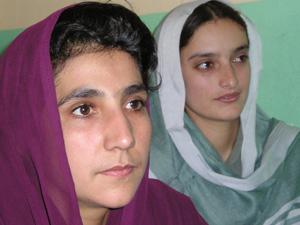 Vidiecke učiteľky z dievčenských šlkôl
