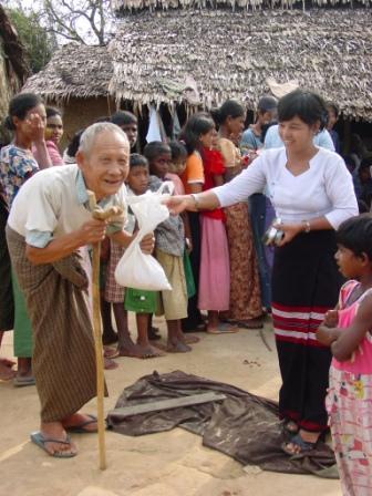 A. Novak: Distribúcia ryže v provincii Rangúnu, máj 2008