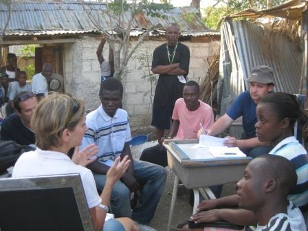 M. Ondeková: Rozhovor s členmi miestnej rady v le Cull Barbeau, Haiti, 2010