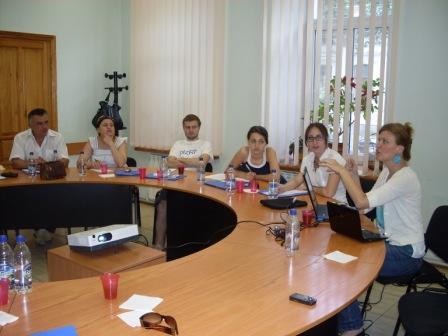 Zuzana Wienk počas tréningu investigatívneho žurnalizmu, Kišiňov, jún 2010