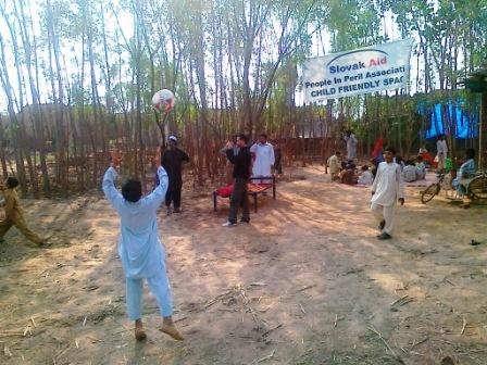 K. Ali Shah, október 2010, Pakistan: Život v detskom centre