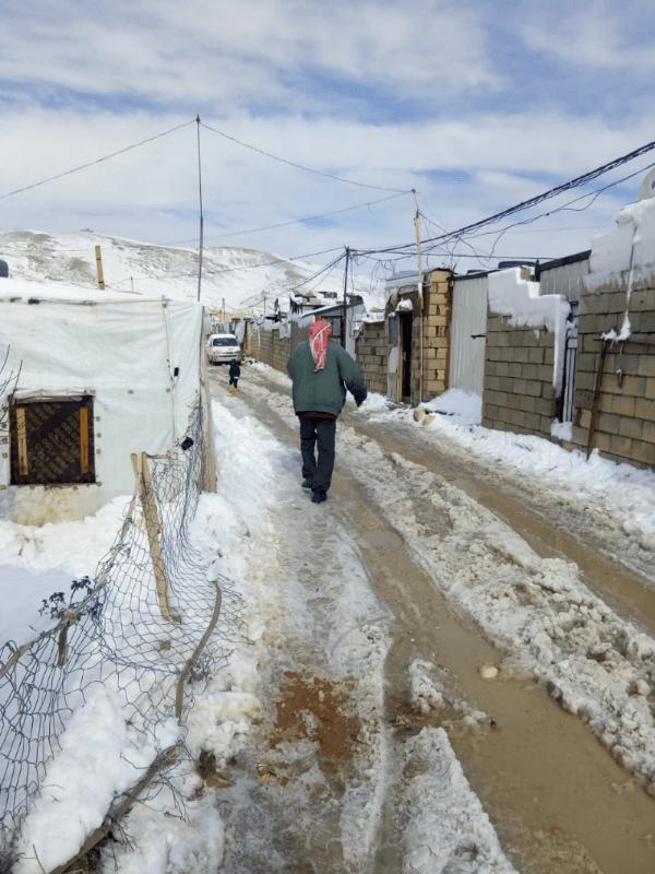 Stanový tábor Arsaal zasnežilo